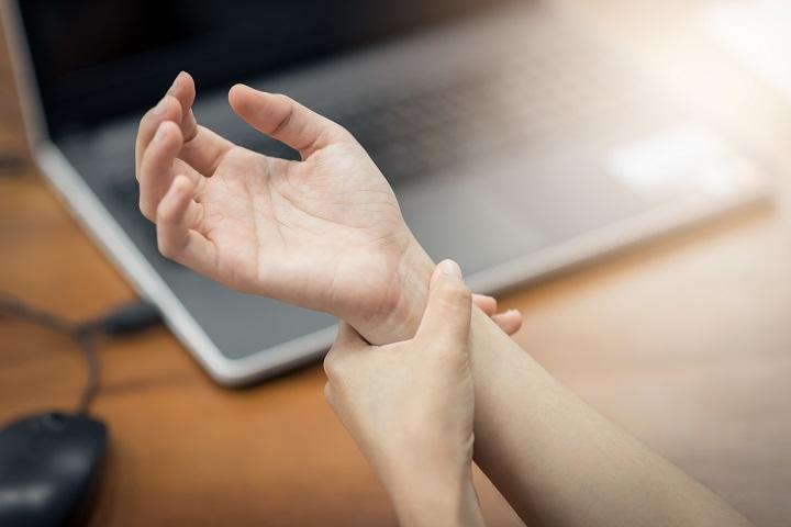 a kezek varikózisát kezelik)