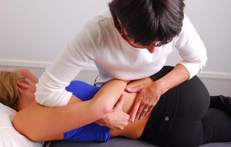 a visszér manuális terápiás kezelése