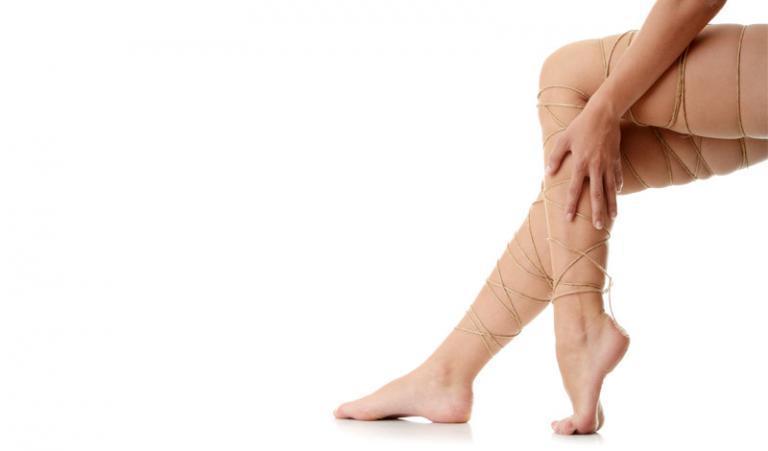 a fej feletti lábak visszér