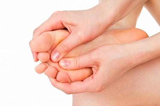 a varikózis lábainak bőrének sötétedése