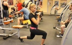 edzés az edzőteremben a visszér ellen